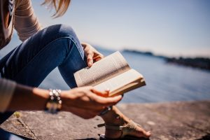 21 Ways to Stay in the Word When You Have a Busy Life, Crazy Workload and Never Ending To-Do List